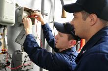 electricians_9.jpg